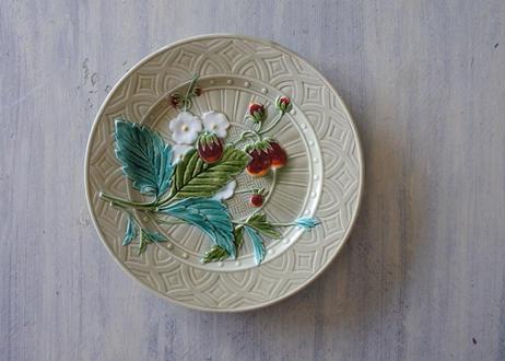 バルボティーヌ サルグミンヌ ライトモスグリーン色 いちご 苺 デザート皿〖202103-28〗