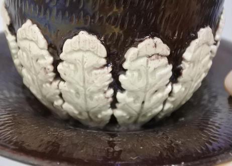 フランスアンティーク グレ製 葉っぱレリーフ 焦げ茶のシュクリエ〖202109-31〗