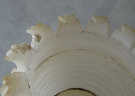 フランスブロカント 白い大理石カップ 高さ10cm