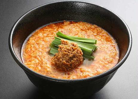 博多辛麺2食入り(1食につき5辛分特製唐辛子入り)