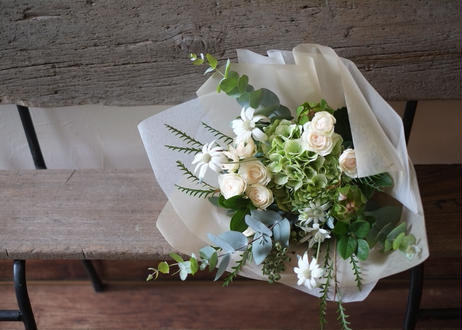 【仙台市外】Bouquet / Arrangement Middle type