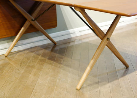 Hans J.Wegner / AT309 Dining Table