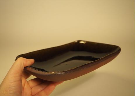 アメ釉タタラ角皿