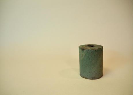 銅緑釉花入 ②
