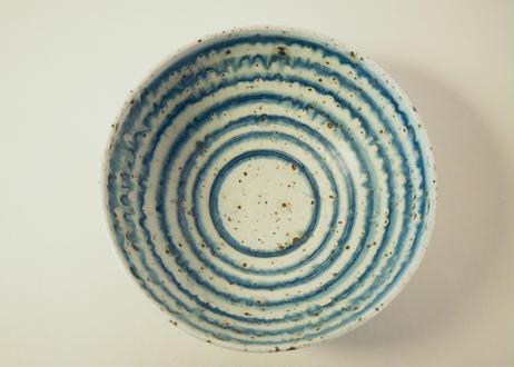 青線文磁器大鉢