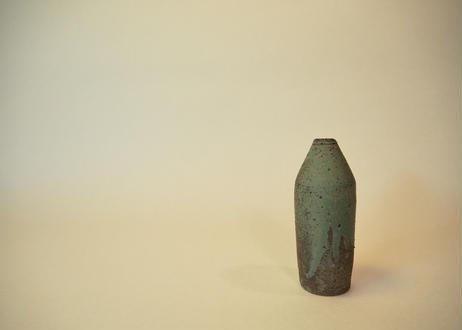 銅緑釉花入 ③
