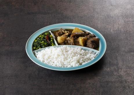 ユザーン 監修 カレー皿「仕切りが取れるカレー皿」