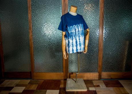 タイTシャツ藍染め