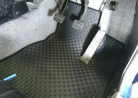 ラバー フロアマット サニートラック