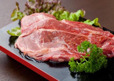 牛肩ロースステーキ 200g×5枚入りパック×4             (1㎏パック×4)=4kg