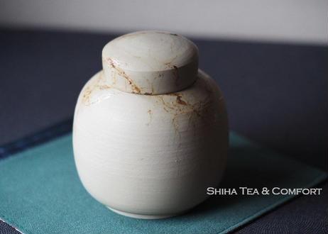 白山白泥藻掛茶葉罐 HAKUSAN White Clay Tea Canister