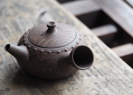 [T04] 陶寿仿木太鼓茶壺急須 TOJU Wood-like Drum Rivet Pottery Teapot Kyusu