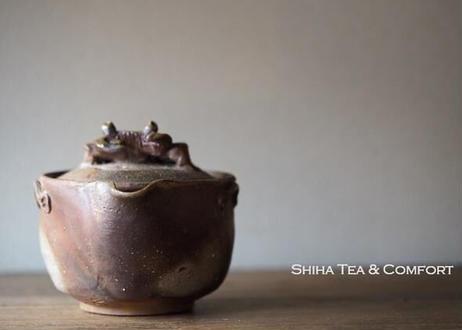 Bizen-yaki Unglazed Crab Houhin Teapot