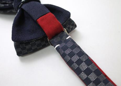 蝶ネクタイ KIMONO fabric 紺地 市松文様 上京蝶帯 #623