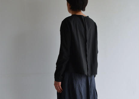 plain blouse_ humoresque