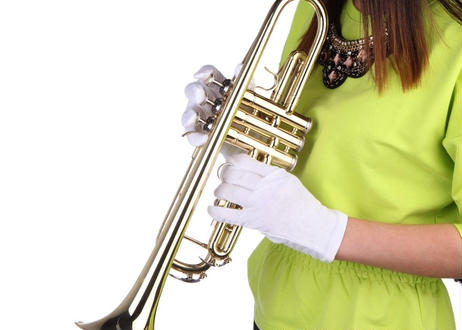 高品質 トランペット B♭キー 金管 本体 ゴールドorシルバー マウスピース シルバー バッグ 学生 吹奏楽