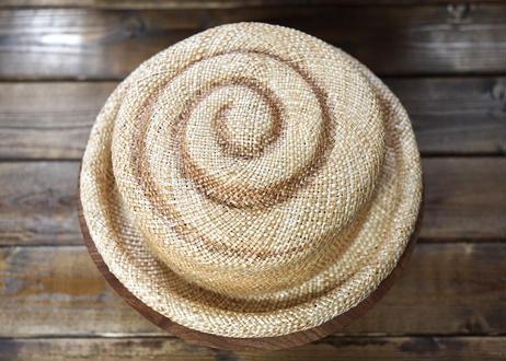 麦わらシナモンロールハット