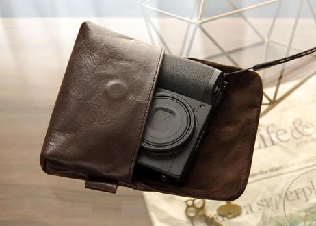 《シュリンクレザー》コンパクトカメラ用レザーカメラケース マッドブラック