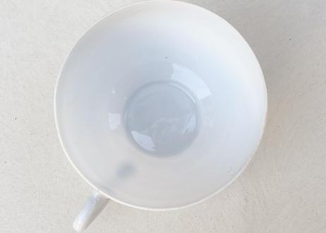 C030 卵殻手カップアンドソーサー