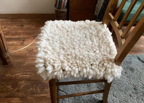 J021 羊の原毛ラグ