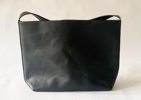 P 一粒舎 lunch bag(ブラック / ダークブラウン / カーキ)