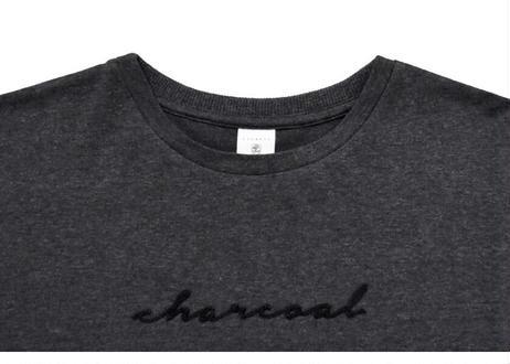 カラー刺繍ロゴTシャツ