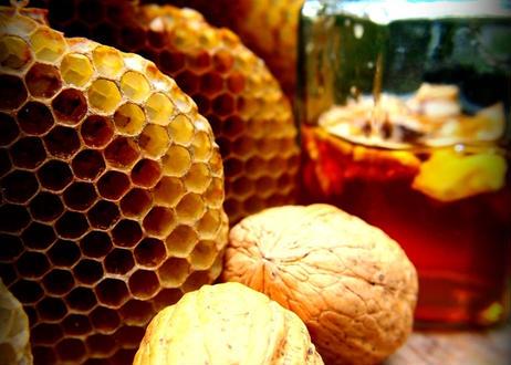 ハニーナッツ くるみの蜂蜜漬け ニホンミツバチハニー