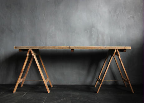 BLA:NC Old wood work table