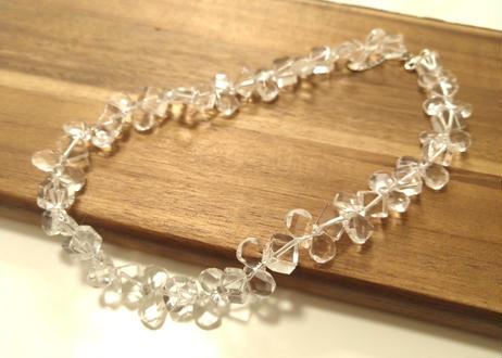 ネックレス水晶