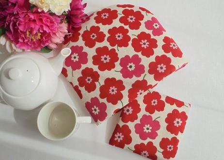 北欧風 赤いお花のティーコゼー【在庫限り】 ふわふわもこもこ マシュマロティーコゼー