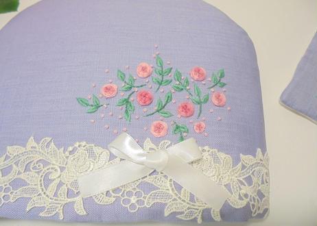 手刺繍とレースティーコゼー イングリッシュガーデン 本格的なティータイムに  ふわふわもこもこ マシュマロティーコゼー