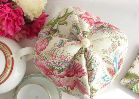 トワルドジュイ 美しいピンクの花【在庫限り】 大きさを感じさせない最強ティーコゼー