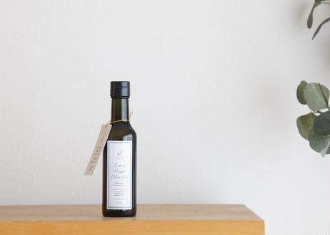 【2020年産ヌーヴォー】新サイズ200ml チリ産エキストラヴァージン・オリーブオイル (金賞受賞)