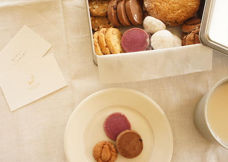 メリリマクッキー缶(8種詰め合わせアソート)