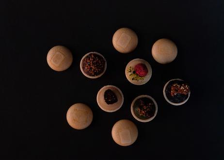 モナカ1箱 (8個入)【小豆、炒り玄米】