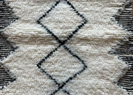 ベニオワレンラグ 56cm × 114cm