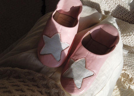 Woman フリーサイズより少し大きめお星様のバブーシュ Baby Pink × Silver Star
