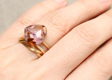 Superseven Pear-shaped Slit Ring