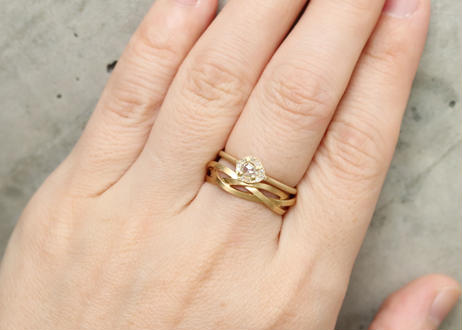 Rinne Pear-shaped Ring