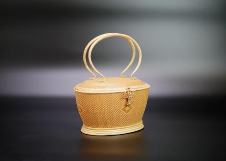 【特選】籐組手付楕円形花菱紋籠 ナチュラル タイ中部