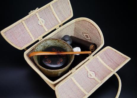 【特選】籐組手付花菱紋籠 レッド タイ中部