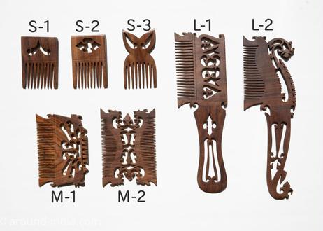 毎日髪を梳かしましょう。紫檀の櫛  Mサイズ|北インド
