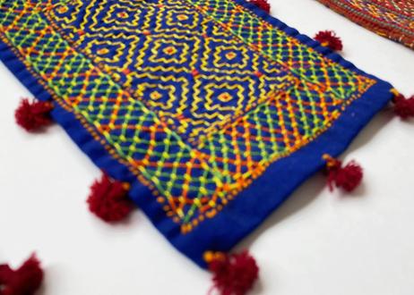 インドの刺繍 巾着バッグ グジャラート州カッチ