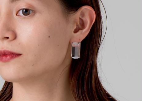 HALF EARRING / PIERCE