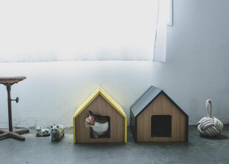 HÜTTE / cat house [ライトブルー×ウォールナット]