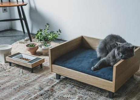 MALTA / pet feeder [オーク]