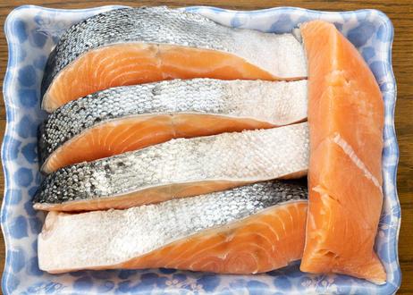 C【明治から続く製法の】塩鮭(5切)