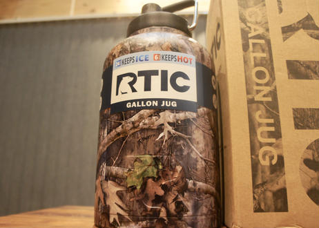 RTIC Double Wall One Gallon Jug 3,8L  Camo