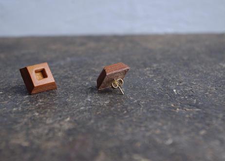 lampan/革製ペアイヤリング〈スクエア茶〉