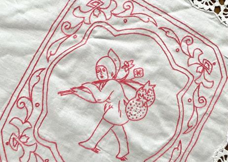 vintage|ヴィンテージ小人刺繍テーブルクロス(シミ多め)
